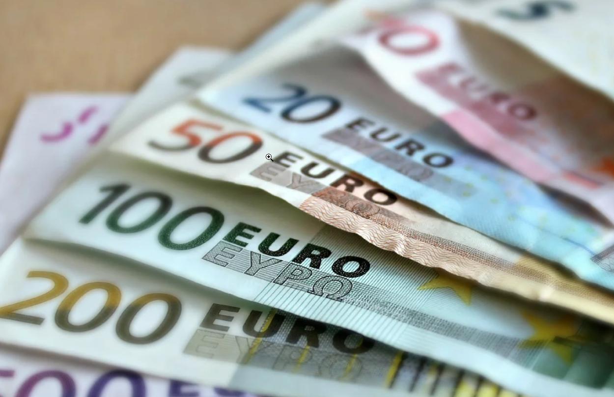apžvalgos ar tikrai galima užsidirbti pinigų pasirinkimo sandoriams greiti pinigai vienu ta v