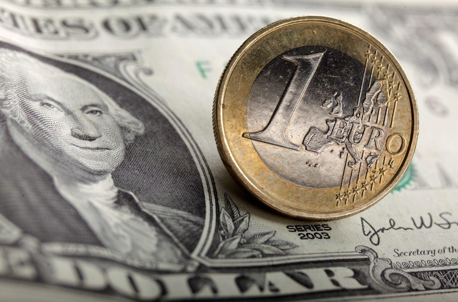 prekybos kriptovaliuta doleris)